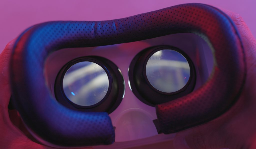 Can Virtual Reality and Esports Coexist? 1
